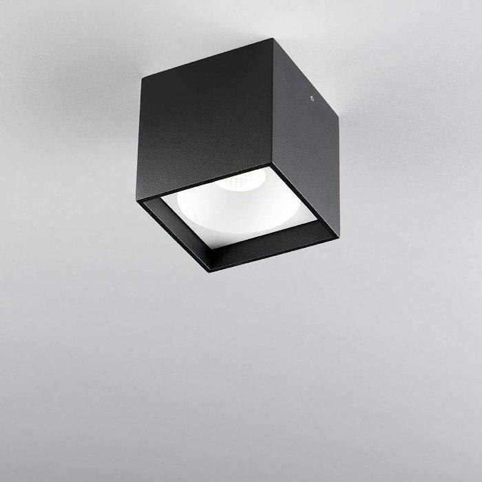Køb Solo Square Loftlampe Sort 2700K – LIGHT-POINT (så længe lager haves)