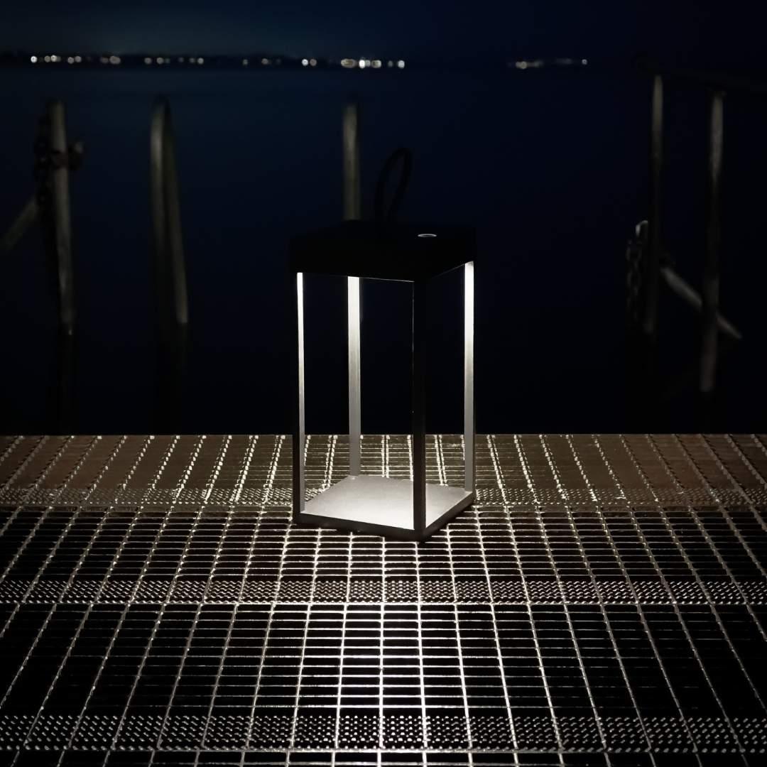 String t1 bordlampe hvid/silver - rotaliana fra rotaliana fra luxlight.dk