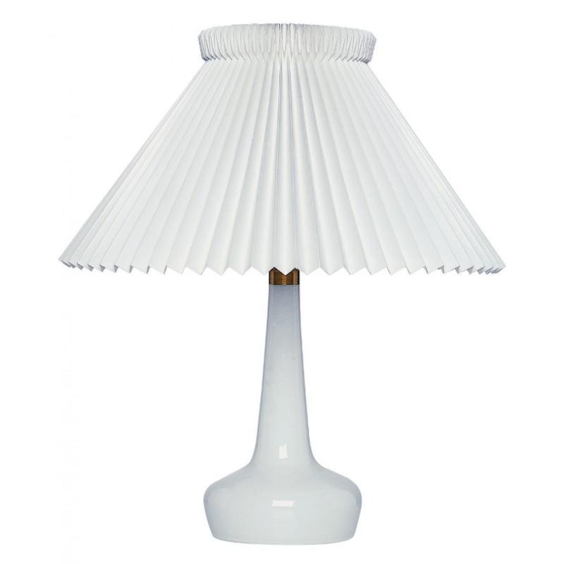 311bordlampehvidmedmessingLeKlint-30
